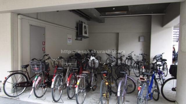 fis江坂店の駐輪場